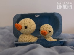 Ducklings_boat