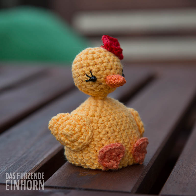 Eggwarmer_chick