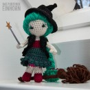 How to crochet a little witch