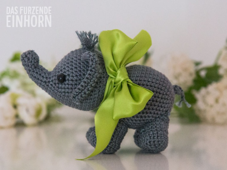 How to crochet an elephant