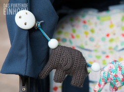 Kinderwagenkette Elefantenparade blau bunt