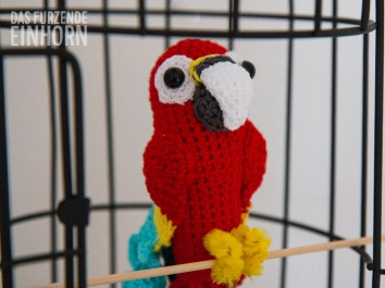 crocheted Parrot