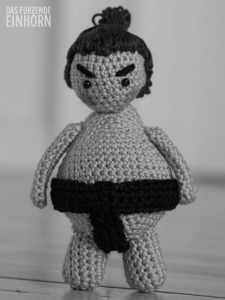 How to crochet a sumo
