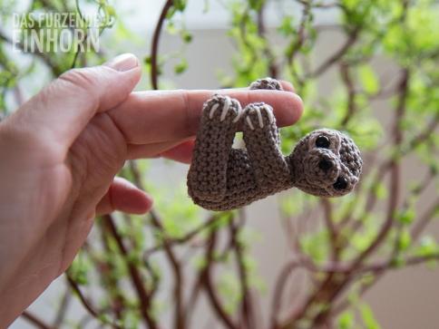 Gehäkeltes Baby-Faultier - so groß wie mein Finger