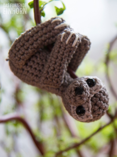 Baby-Sloth-Crochet-2