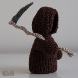 crocheted-death