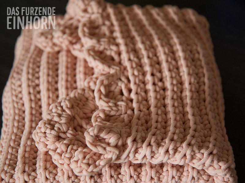 Einfache Babydecke – Das furzende Einhorn