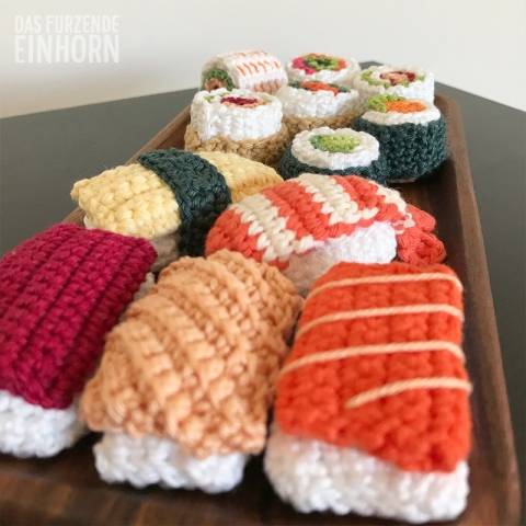 Amigurumi Sushi Pattern · How To Make A Sushi Plushie · Yarncraft ... | 480x480